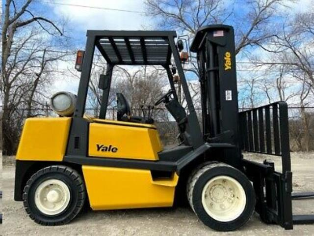 Where to find FORKLIFT 8000 LBS YALE in Grand Cayman