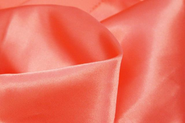 Where to find Tablecloth 136  RND - Coral Satin in Grand Cayman