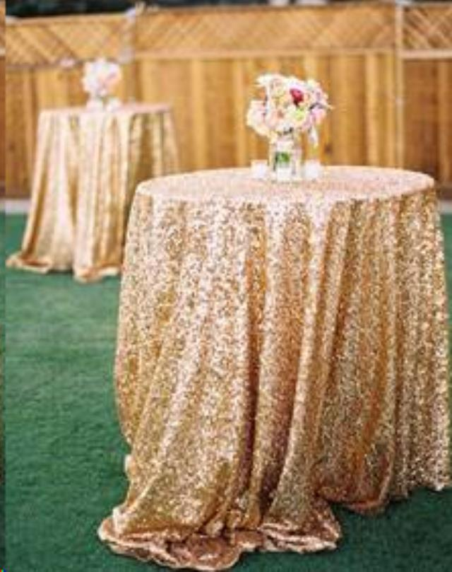 Where to find Tablecloth 132  RND - Gold Sequin in Grand Cayman