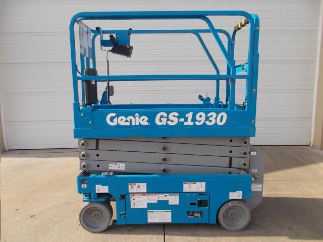 19FT GENIE SCISSOR LIFT INDOORS ONLY Rentals Grand Cayman KY, Where