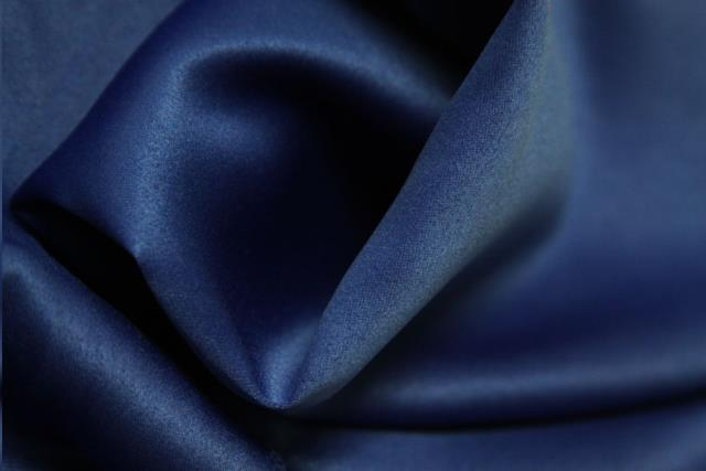 Where to find Tablecloth 132  RND - Navy Blue Lamor in Grand Cayman